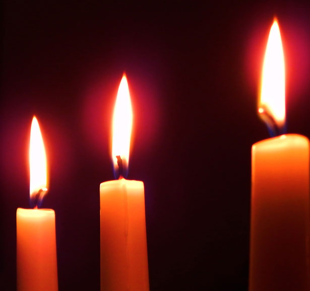 three-candles-132121300024031CDt (33K) from http://www.publicdomainpictures.net